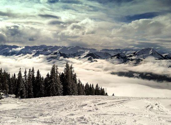 mountains-1376257_640